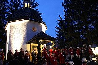 Stille Nacht Feier vor der Stille Nacht Kapelle © Alexander Gautsch