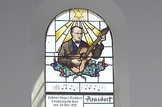 Franz Xaver Gruber, church window of Silent Night Chapel © Alexander Gautsch